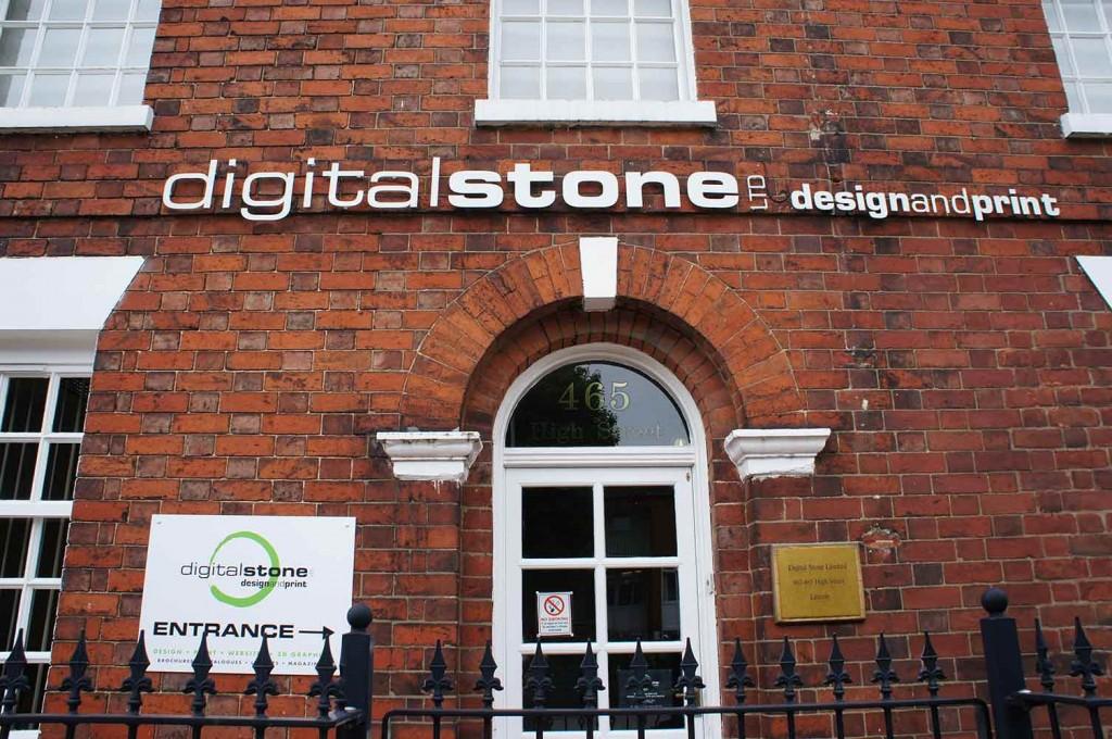 digital-stone-card